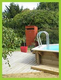 toilette sèche d'extérieur pour piscine